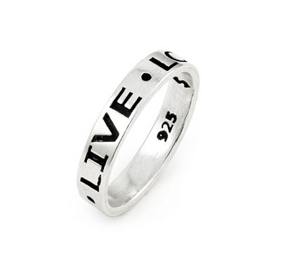 Inel de argint simplu, aspect verigheta, cu mesajul Live Love Laugh