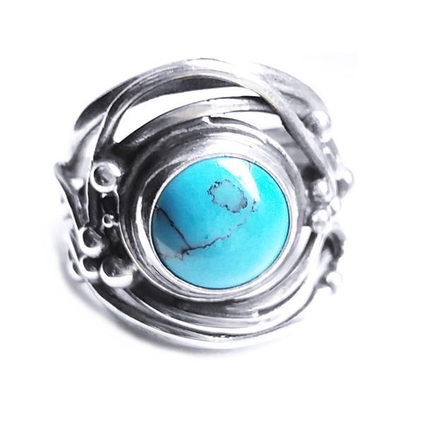 Cadouri de Craciun pentru prietene - inel din argint lucrat manual cu piatra de turcoaz